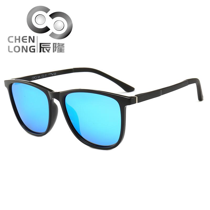 新款时尚男女偏光太阳镜超轻方形偏光墨镜